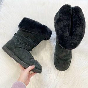 LAMO Black Suede Sheepskin Boots SZ 9